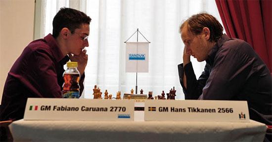 Un momento dell'incontro (foto da Chessbase)