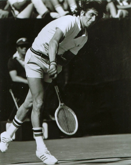Ilie Nastase nel 1976