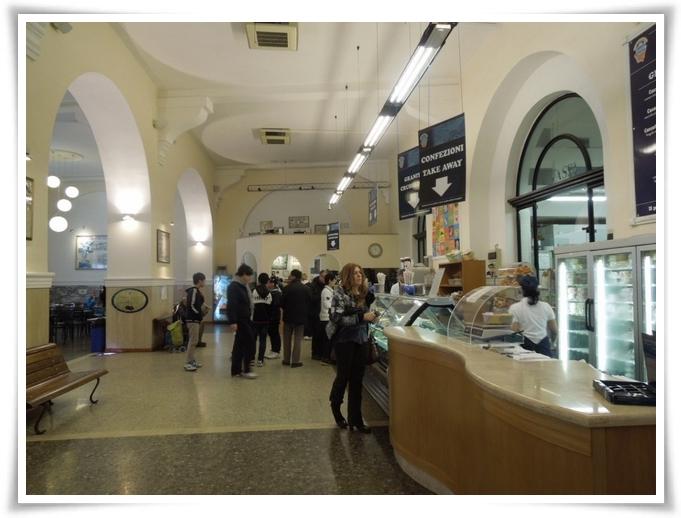 Al Caffè Fassi 07
