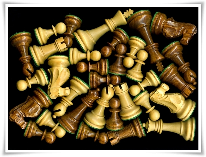 Shuffle Chess