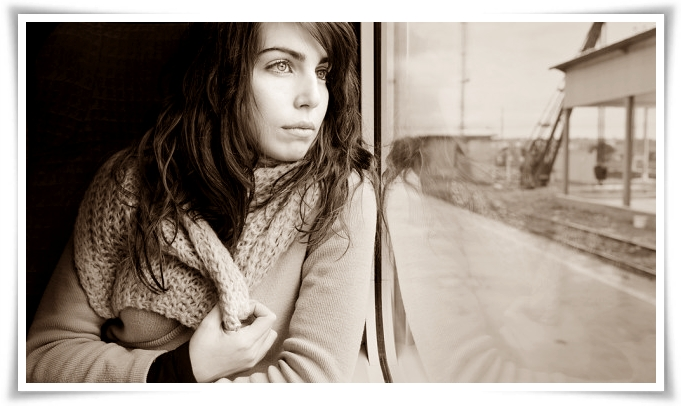 Ragazza sul treno 2