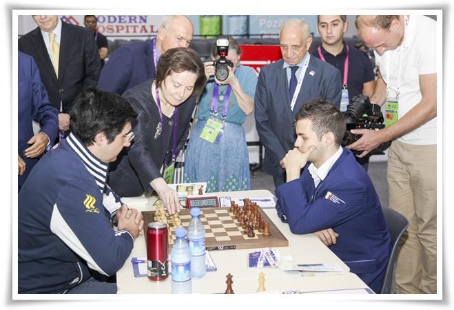 Ultimo turno: Natalia Komarova fa la prima mossa della Kramnik - Vocaturo